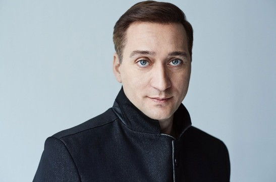 Paul-van-Dyk-2020-cr-Christoph-Kostlin-billboard-1548-1587414777-1092x722